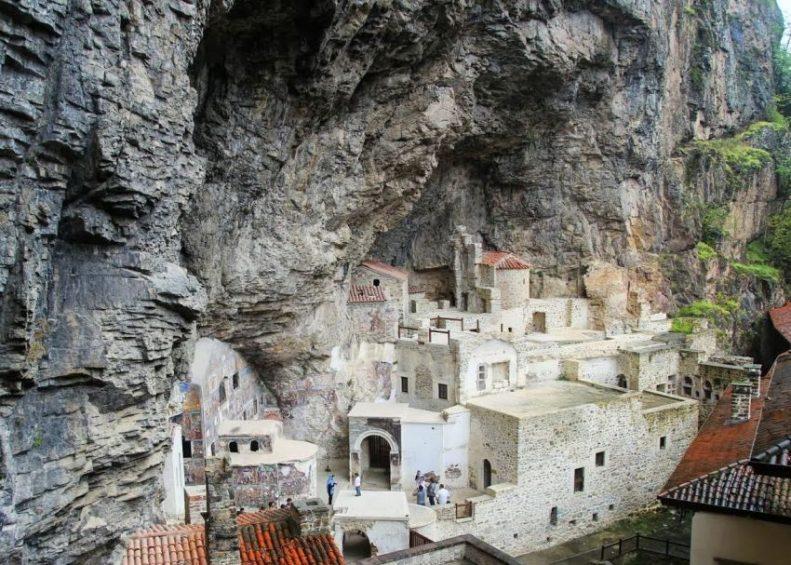 Монастырь Панагии Сумельской