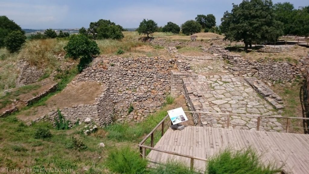 Западная стена Трои - въездная рампа