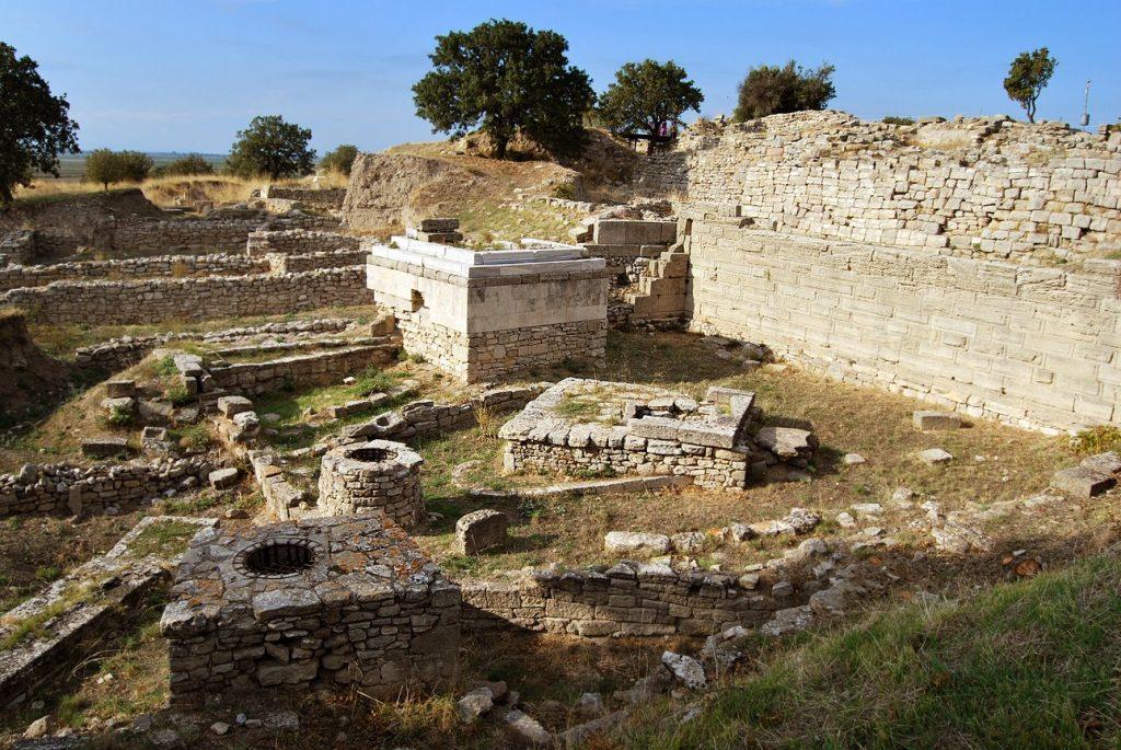 Раскопки Трои