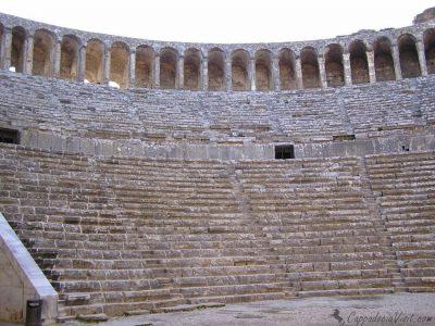 Древний город Аспендос — театр и легенды города