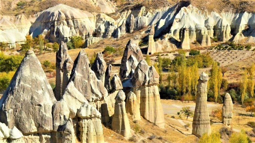 Долина любви в национальном парке Гёреме